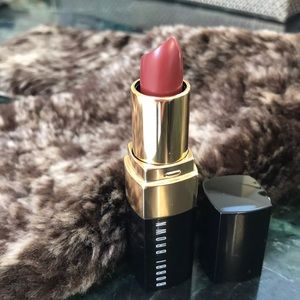NWT Bobbi Brown Lipstick